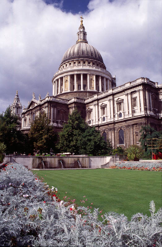 The flowers bloom in front of London's Saint Paul's Cathedral, completed in 1710.