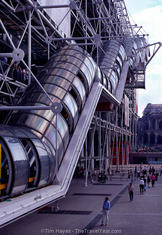 A unique covered escalator rises up the Centre Georges Pompidou in Paris. The center houses one of the world's best collections of modern art. (Also known as Centre Beaubourg.)